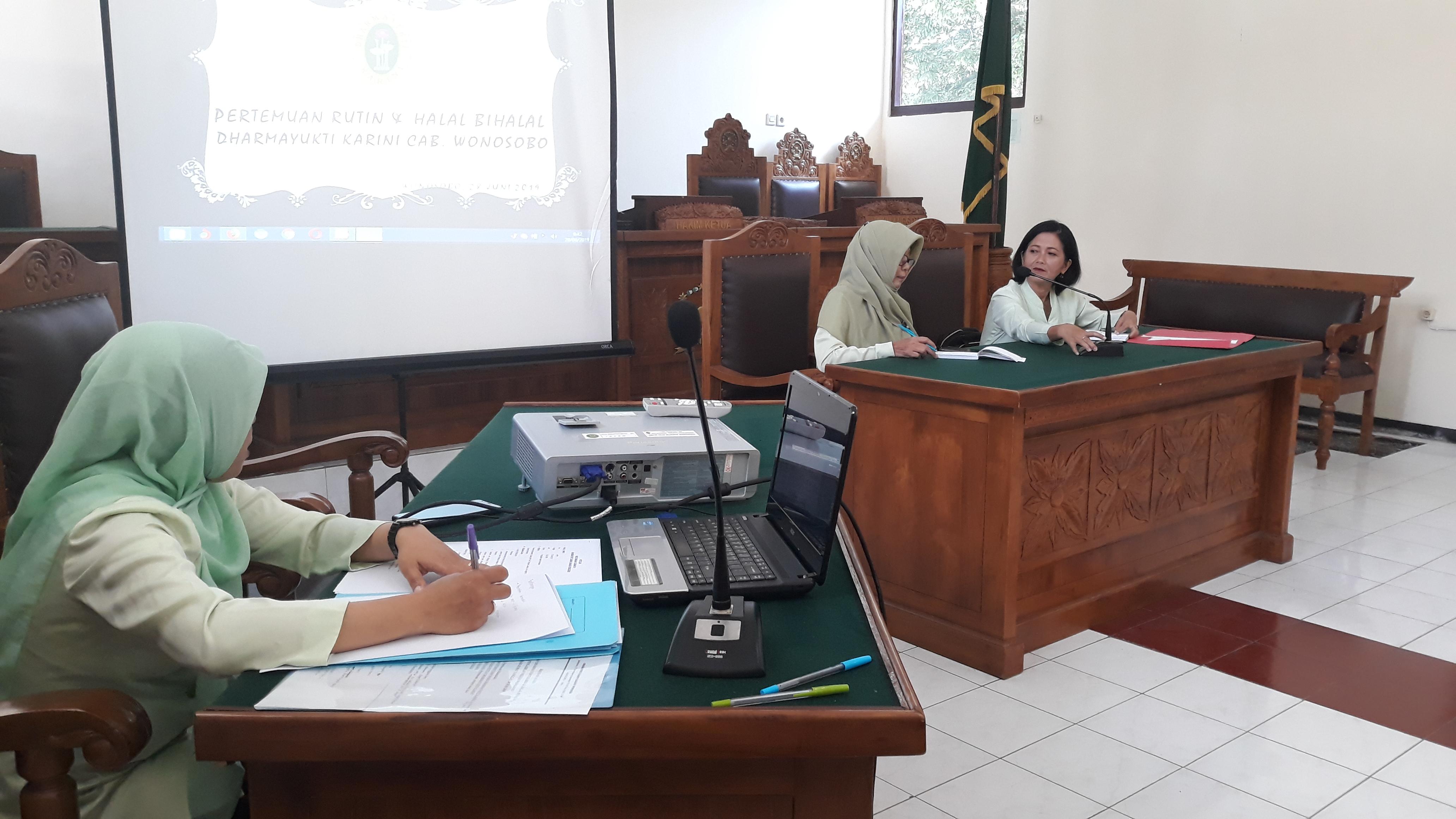Pertemuan Rutin dan Halal Bi Halal Dharmayukti Karini Cabang Wonosobo